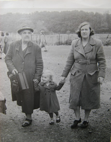 Agnes Huggins, Diana Haines and Hilda Haines (1948)