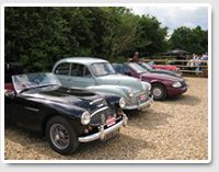 Austin-Healey 100/6 BN4 and Morris Minor